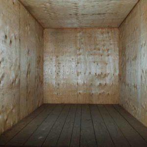Box di legno, nel magazzino di Fratelli Traverso Traslochi, per la custodia dei mobili e dei vostri beni.