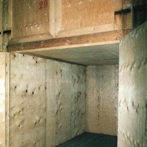 Box singolo dedicato ai clienti, nell'ampio magazzino di Fratelli Traverso Traslochi, a Genova Rivarolo,